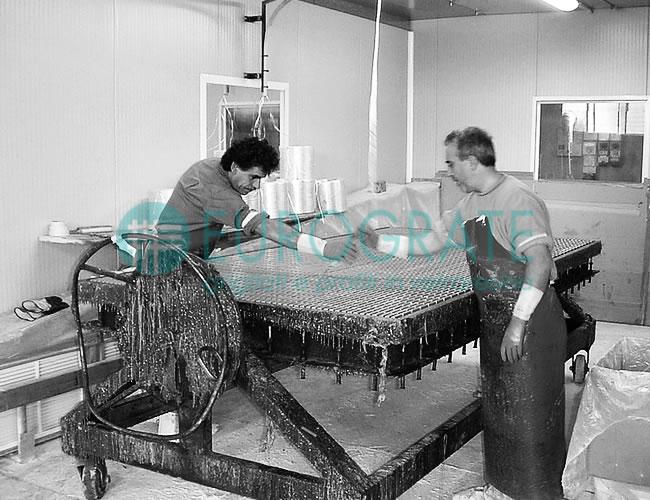 vervaardiging van industriële roosters t.b.v. hekken met een ander productieproces dan onze concurrenten