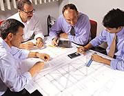 Ontwerp van constructies met op maat gemaakte profielen en GVK roostertraptreden